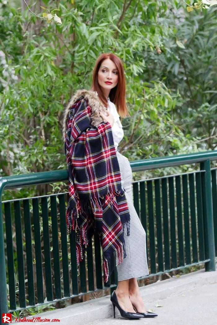Redhead Illusion - Warm and cozy plaid - River Island Cape-08