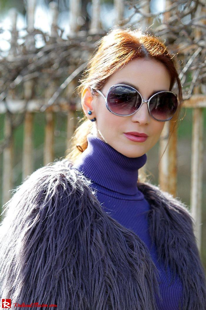 Redhead Illusion - Fashion Blog by Menia - Balance - Altuzarra Pencil Skirt with Supertrash Cape and Michael Kors Boots-06