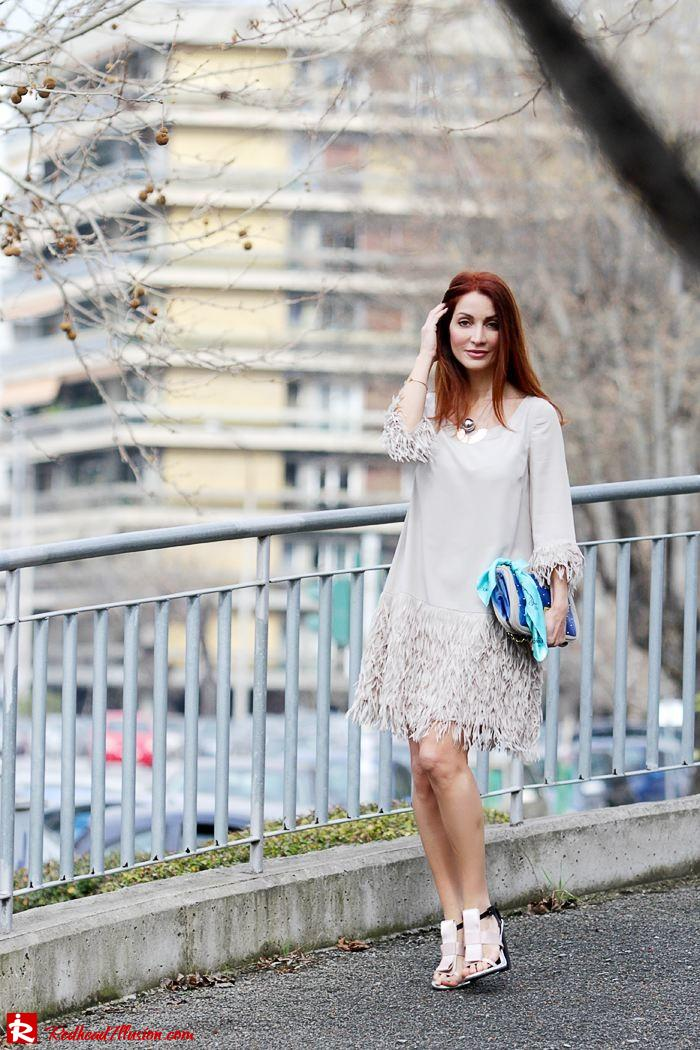 Redhead Illusion - Fashion Blog by Menia - Comfortable but also stylish - Twin-set Dress-08