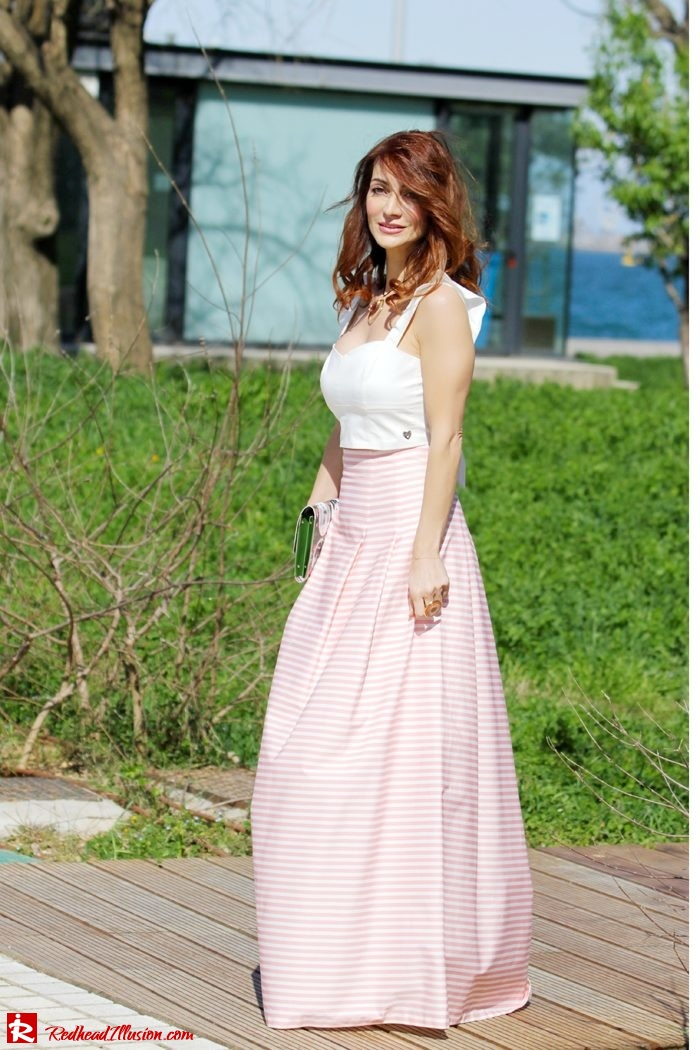 Redhead Illusion - Fashion Blog by Menia - Spring Pink! - Pink Skirt with Crop Top-03