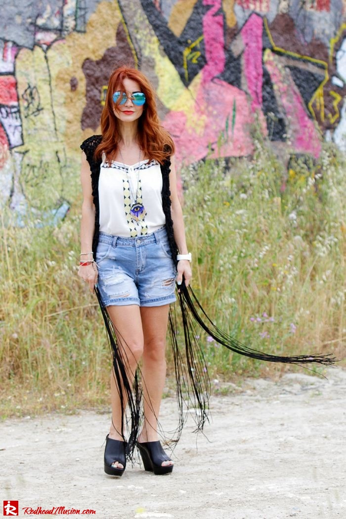 Redhead Illusion - Fashion Blog by Menia - Bohemian Summer - Knitted Vest - Distressed Denim Shorts-04