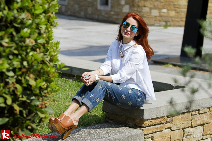Redhead Illusion - Fashion Blog by Menia - Not classic - Denny Rose Jeans and Shirt-08