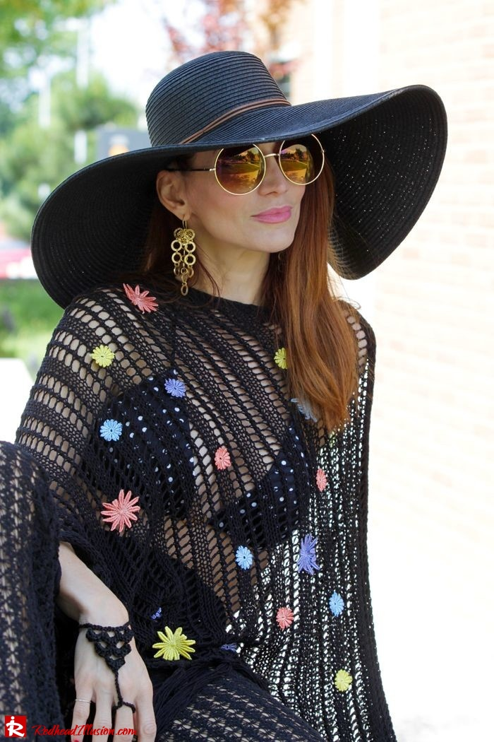 Redhead Illusion - Fashion Blog by Menia - Black Magic - Knitted Jumpsuit - Denny Rose Poncho-10