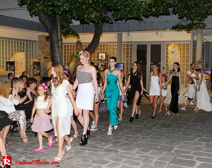 Redhead Illusion - Fashion Blog by Menia - Catwalk - Fashion Event-02