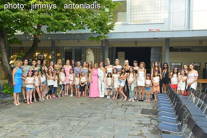 Redhead Illusion - Fashion Blog by Menia - Catwalk - Fashion Event-04