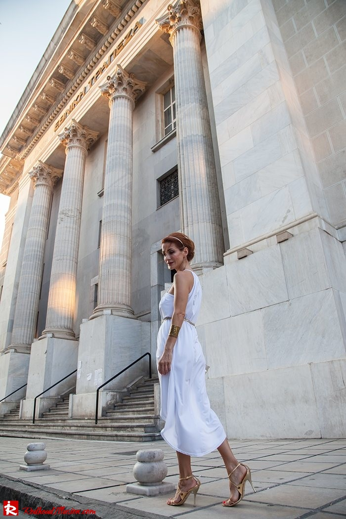 Redhead Iillusion - Fashion Blog by Menia - Grecian style - White Draped Dress-13