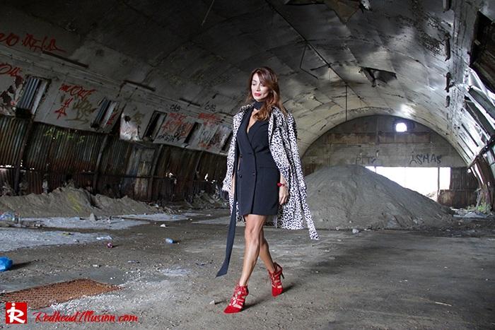 redhead-illusion-fashion-blog-by-menia-simply-black-access-dress-klink-trenchcoat-08