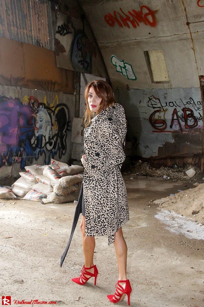 redhead-illusion-fashion-blog-by-menia-simply-black-access-dress-klink-trenchcoat-11
