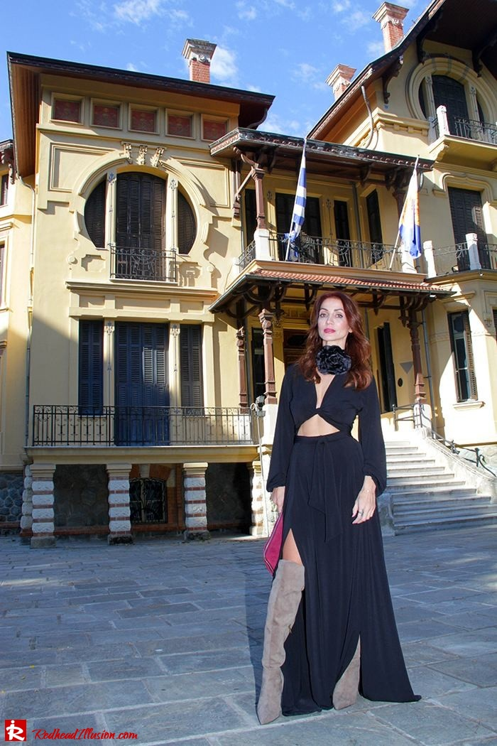 Redhead Illusion - Fashion Blog by Menia - Black Flower - Black Dress - Zara Bag-02