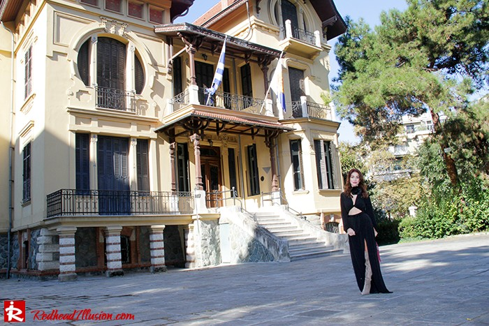 Redhead Illusion - Fashion Blog by Menia - Black Flower - Black Dress - Zara Bag-03