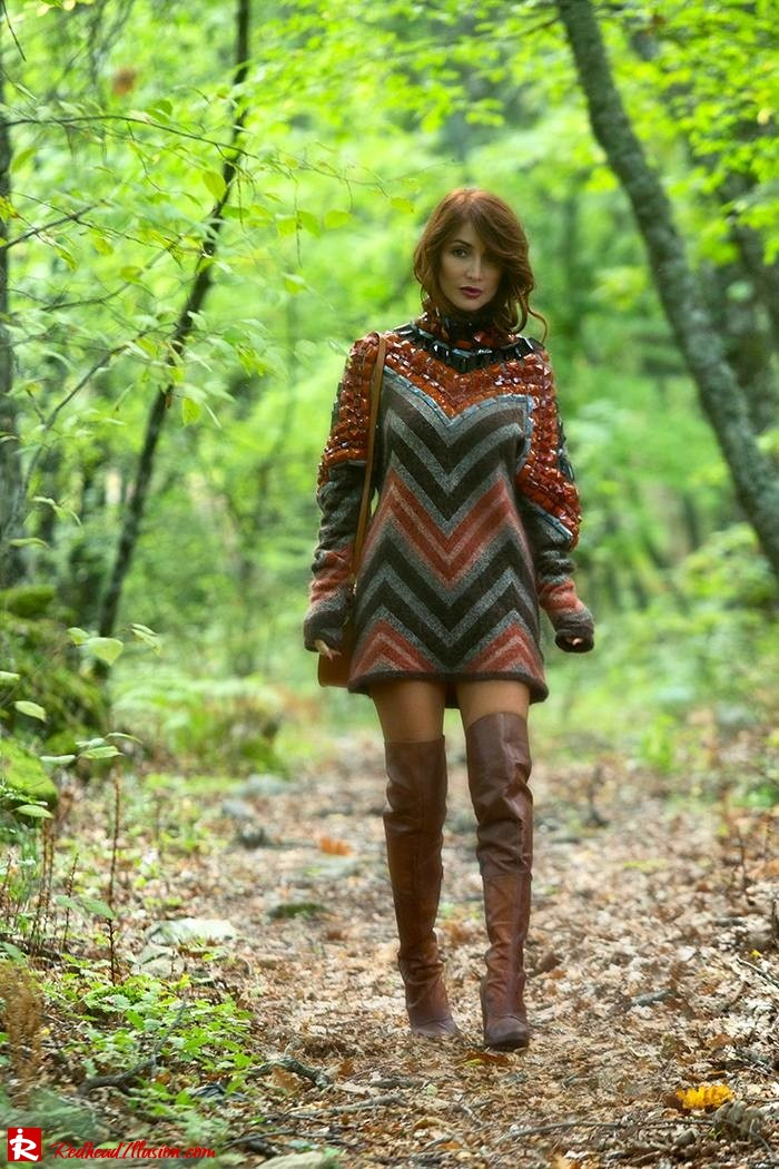 Redhead Illusion - Fashion Blog by Menia - Fall...ing in oversized knitted - H&M Dress - Ovye Boots-04