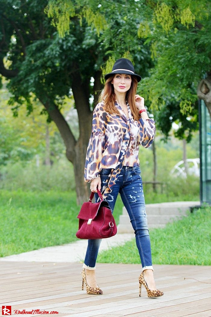 Redhead Illusion - Fashion Blog by Menia - Wild thing - Denny Rose Shirt - Massimo Dutti Hat-04