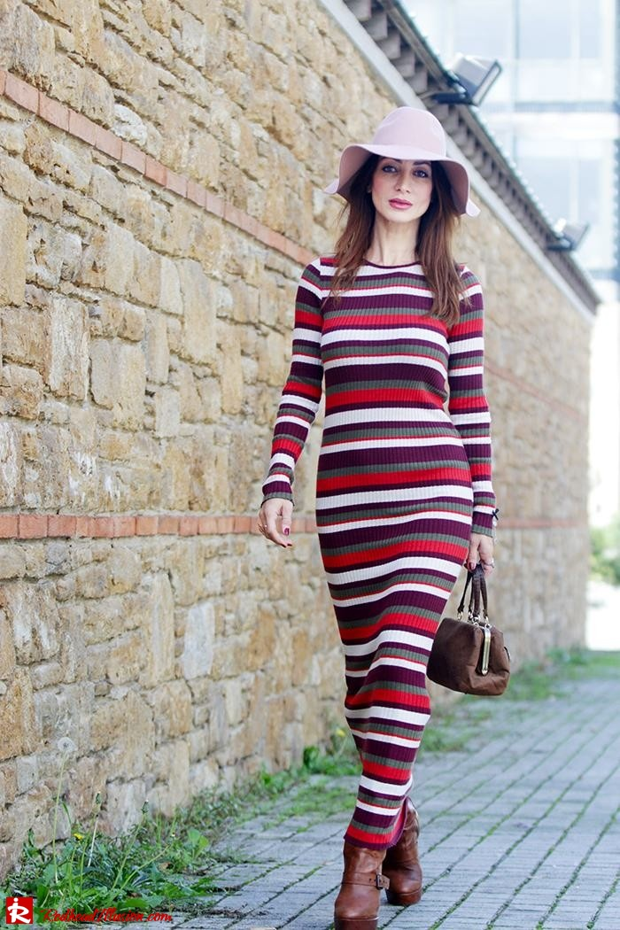 Redhead Illusion - Fashion Blog by Menia - Long 70's Story - Denny Rose Ribbed Striped Dress - Zara Hat-07