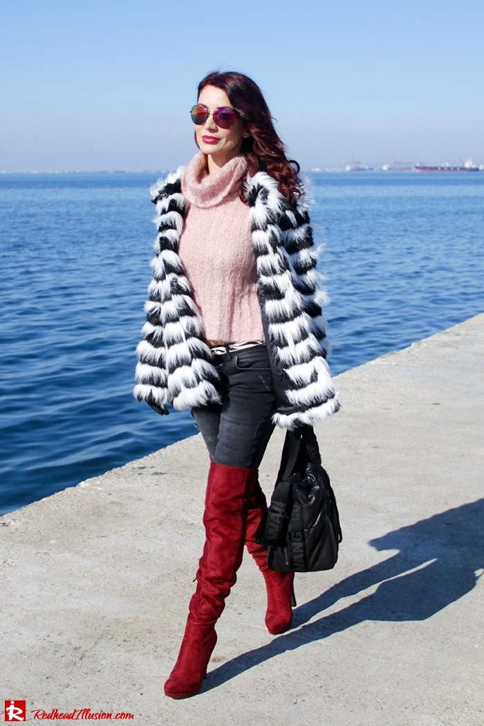 Redhead Illusion - Fashion Blog by Menia - Walk along the waterfront - ( OTK ) Over the knee Boots-03