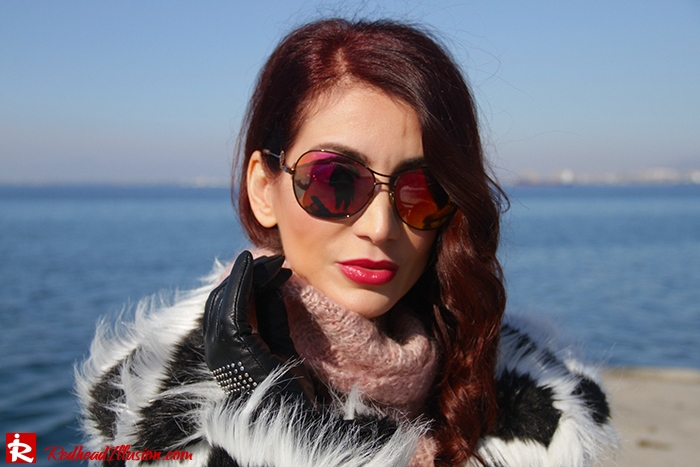 Redhead Illusion - Fashion Blog by Menia - Walk along the waterfront - ( OTK ) Over the knee Boots-06
