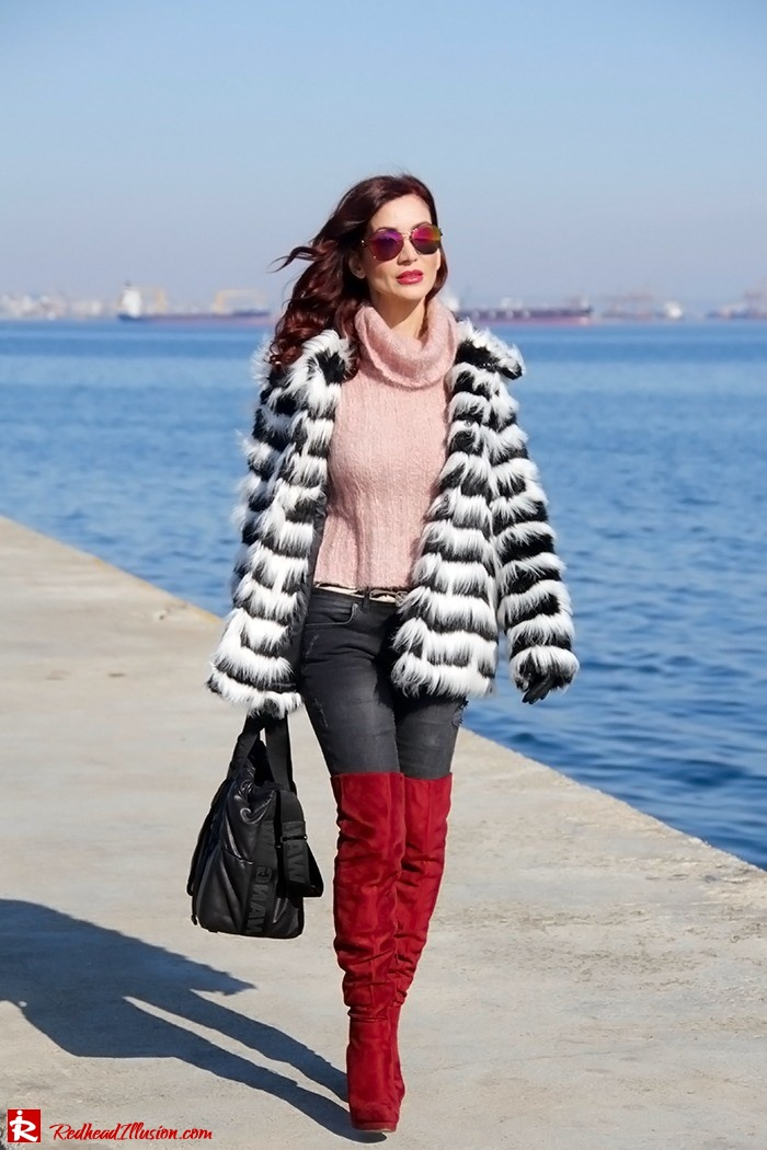 Redhead Illusion - Fashion Blog by Menia - Walk along the waterfront - ( OTK ) Over the knee Boots-12