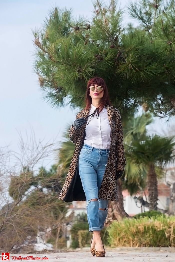 Redhead Illusion - Fashion Blog by Menia - Destroyed Jeans - Abercrombie and Fitch-06
