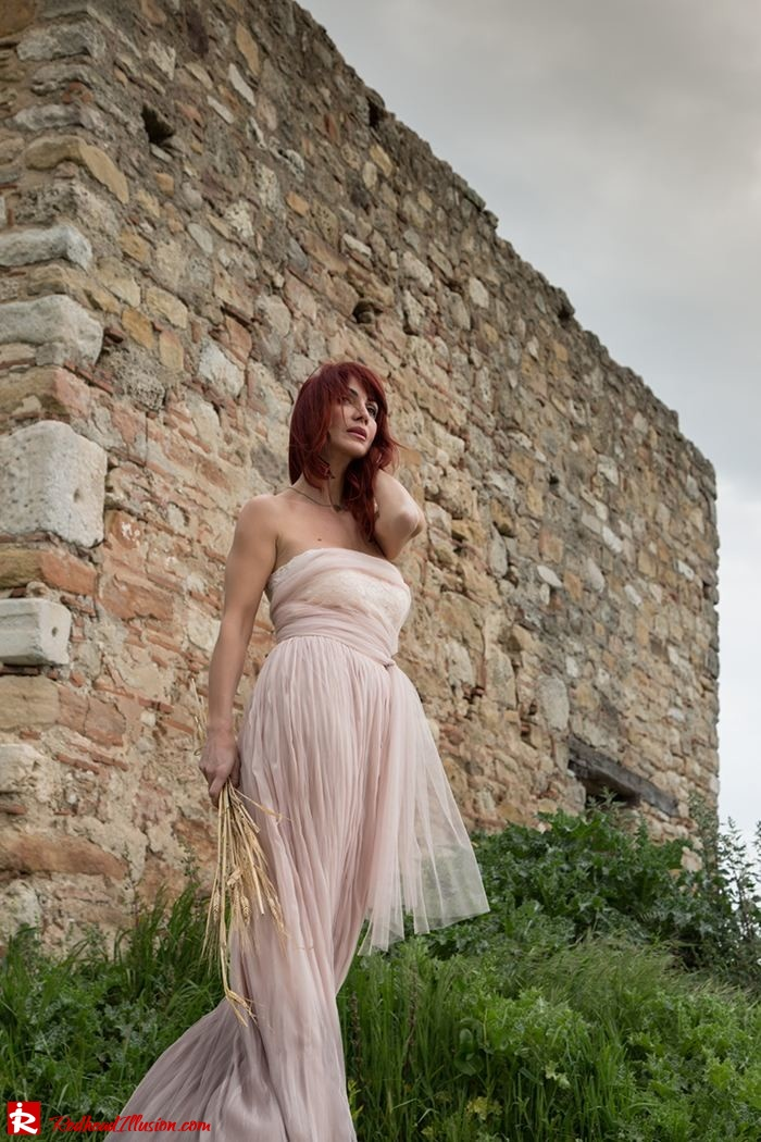 Redhead Illusion - Fashion Blog by Menia - Your own fairytale - Ethereal Skirt - Lace Top - Elegant Outfit-06
