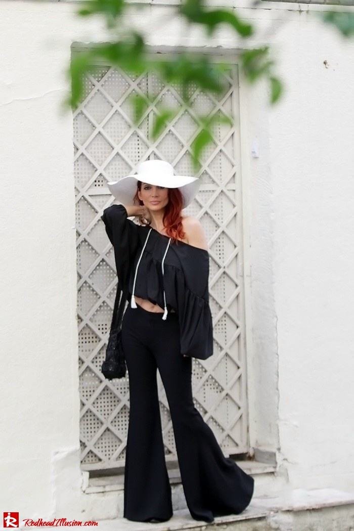 Redhead Illusion - Fashion Blog by Menia - Hippie Shake - 70's Style - Bell Trousers - Floppy Hat-02