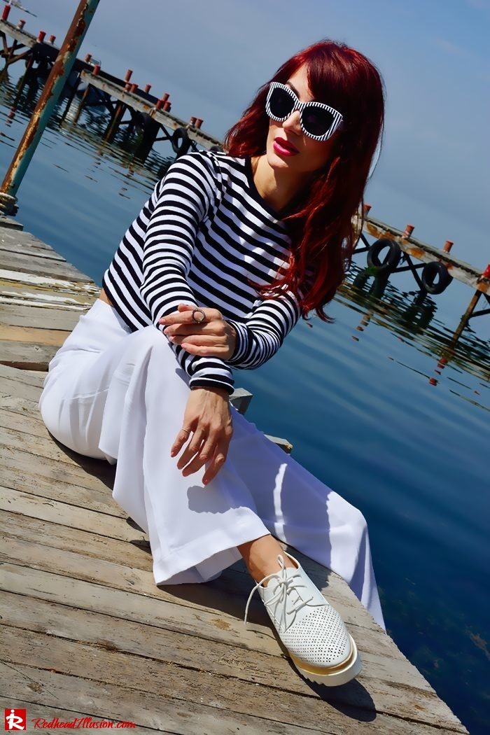 Redhead Illusion - Fashion Blog by Menia - Sail Away - Top Zara - Flatforms - Navy Style-05