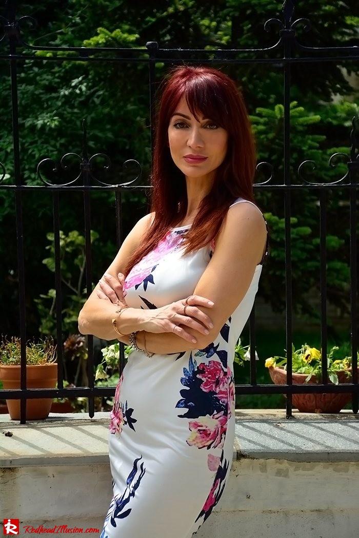 Redhead Illusion - Fashion Blog by Menia - Flower Explosion - Dresslink Sleeveles Floral Dress-04