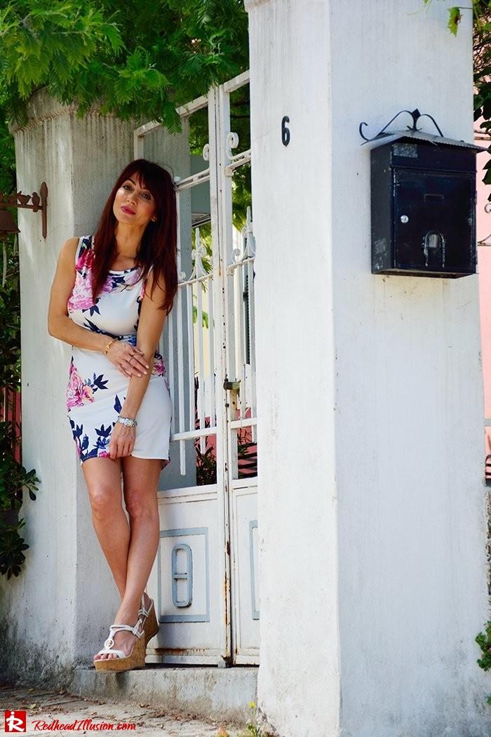 Redhead Illusion - Fashion Blog by Menia - Flower Explosion - Dresslink Sleeveles Floral Dress-06