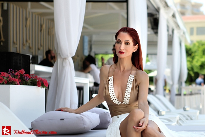 Redhead Illusion - Fashion Blog by Menia - A trip to white - Access Skirt - Jessica Simpson Wedges-06