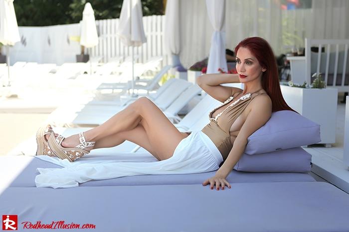 Redhead Illusion - Fashion Blog by Menia - A trip to white - Access Skirt - Jessica Simpson Wedges-07