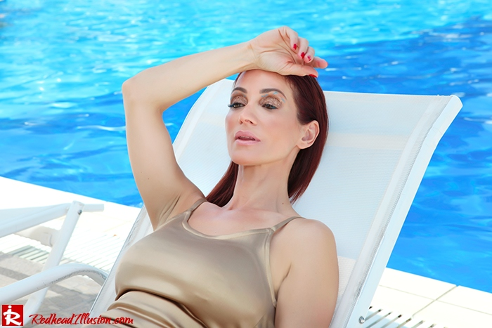Redhead Illusion - Fashion Blog by Menia - Shine on Me - Golden dress - Glitter-03