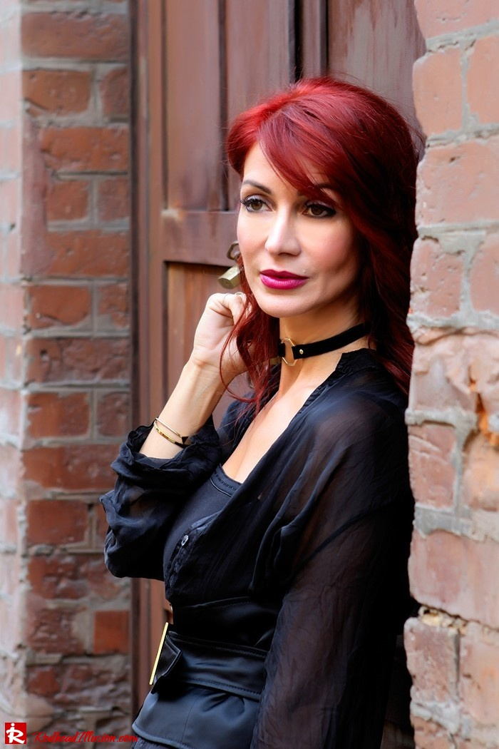 Redhead Illusion - Fashion Blog by Menia - Mind Travel Far Away - Zara Pants-03