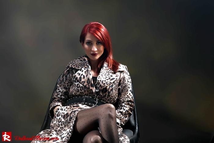 Redhead Illusion - Fashion Blog by Menia - Forever wild - Denny Rose Coat - Karen Millen Belt-07