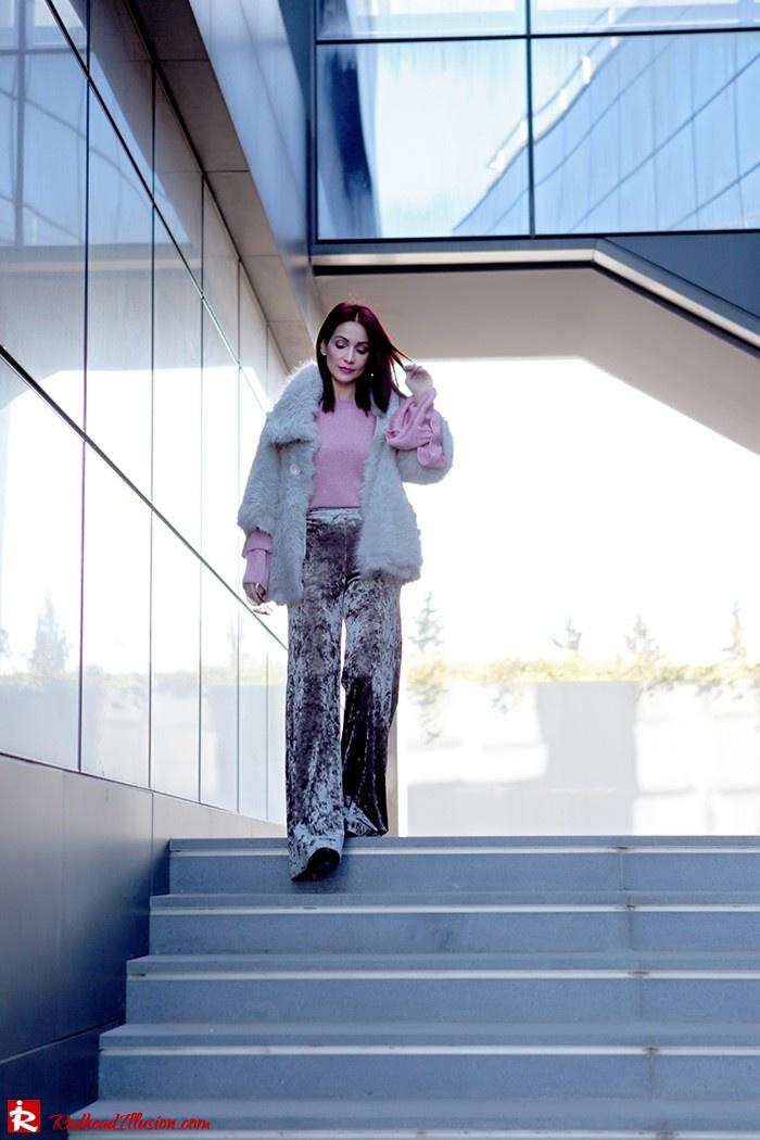 Redhead Illusion - Fashion Blog by Menia - Fade to grey - Zara Velvet Pants - Denny Rose Blouse-02