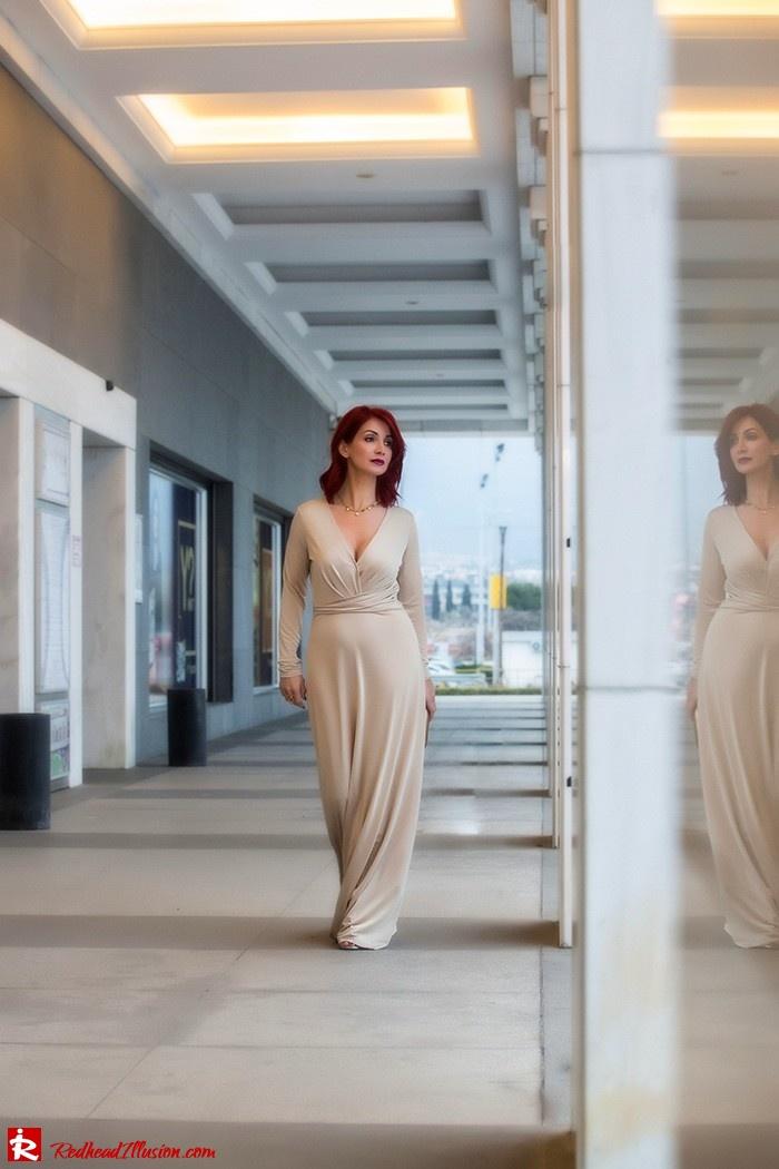 Redhead Illusion - Fashion Blog by Menia - Mind Trap - Lulus Maxi - Dress - Suzy Smith Clutch-06