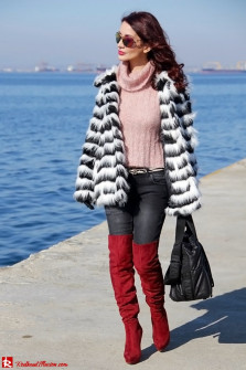 Walk along the waterfront!