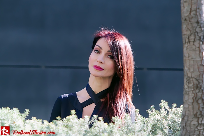 Redhead Illusion - Fashion Blog by Menia - Bell Sleeve Dress - Yoins LBD Mini Black Dress-07