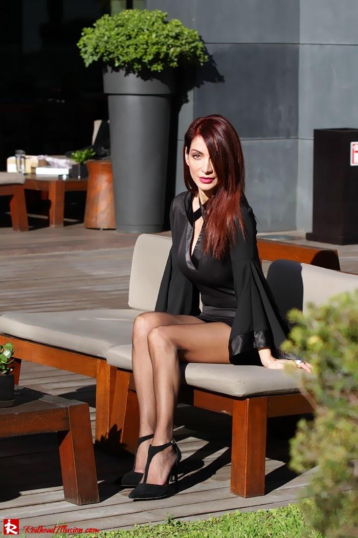 Redhead Illusion - Fashion Blog by Menia - Bell Sleeve Dress - Yoins LBD Mini Black Dress-11