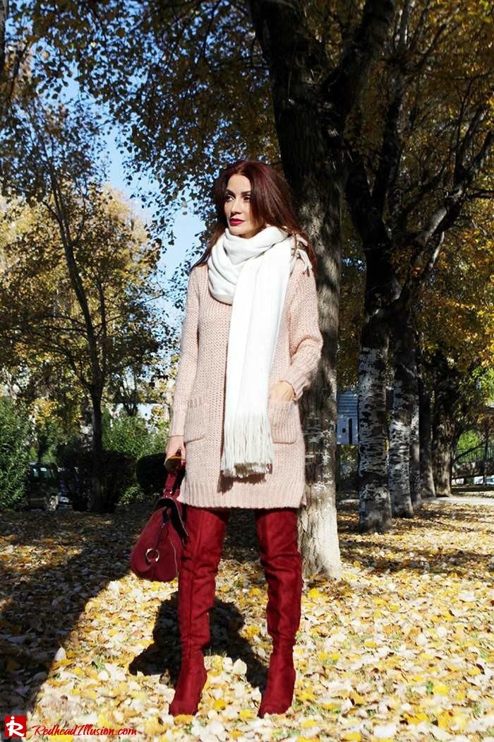 Redhead Illusion - Fashion Blog by Menia - Cozy and Casual - Knitted Dress - High Boots-02