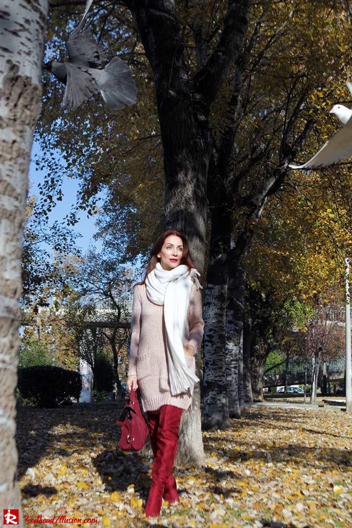 Redhead Illusion - Fashion Blog by Menia - Cozy and Casual - Knitted Dress - High Boots-04