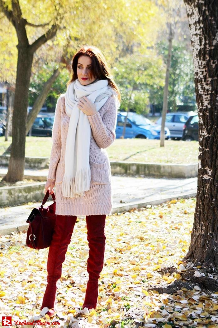 Redhead Illusion - Fashion Blog by Menia - Cozy and Casual - Knitted Dress - High Boots-08