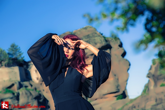 Redhead Illusion - Fashion Blog by Menia - Suspended in Space - Toi-Moi - Maxi Dress-03