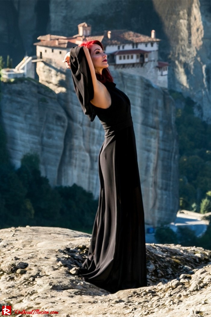 Redhead Illusion - Fashion Blog by Menia - Suspended in Space - Toi-Moi - Maxi Dress-10