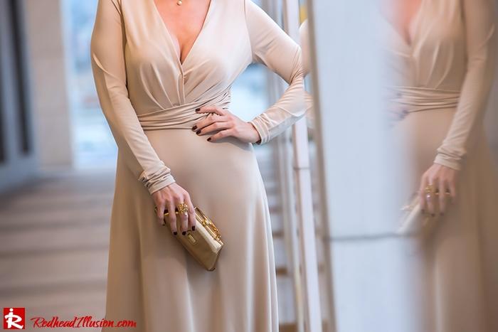 Redhead Illusion - Fashion Blog by Menia - Mind Trap - Lulus Maxi - Dress - Suzy Smith Clutch-09