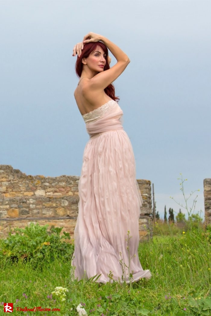 Redhead Illusion - Fashion Blog by Menia - Editorial - Your own Fairytale - Ethereal Skirt - Lace Top - Elegant Outfit-04