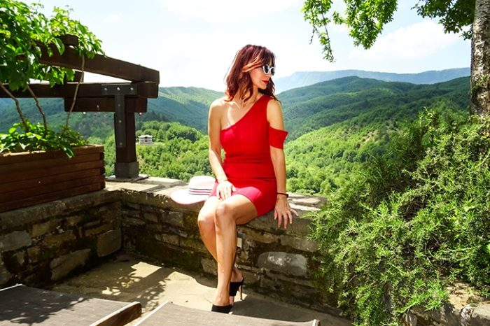 Redhead Illusion - Fashion Blog by Menia - Zagorohoria - Greece - Natural Beauty-11