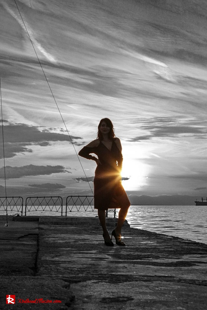 Redhead Illusion - Fashion Blog by Menia - Editorial - Not a casual dress-02